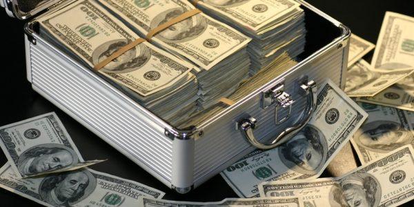 お金のやり取りが無いのに収入が発生する⁈